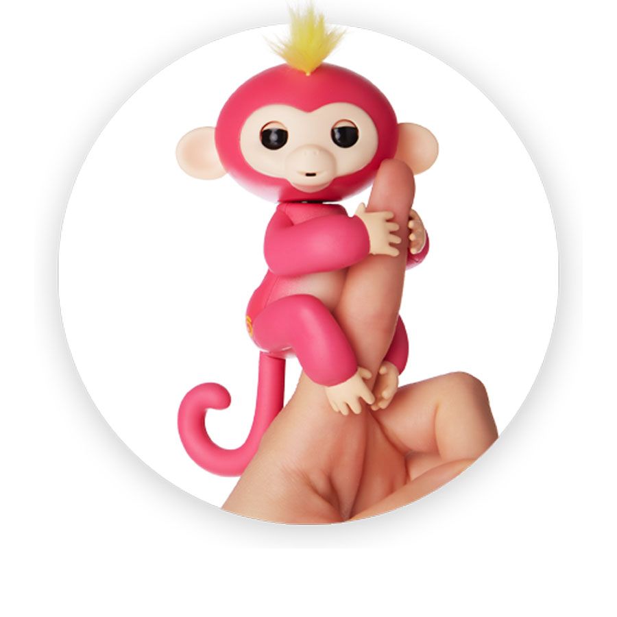 Fingerlings interactive baby monkey Bella